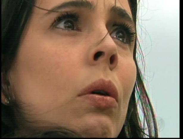 Maria descobre por meio do chefe da organização que Martim matou seu pai