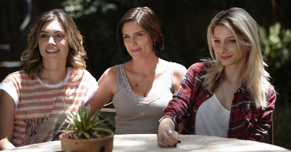 O trio de protagonistas da série: Juliana Schalch (Luna), Rafaela Mandelli (Karin) e Michelle Batista (Magali) (8/10/12)
