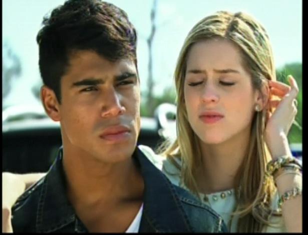 Alice diz a Miguel que foi ingênua, mas que agora já sabia de tudo
