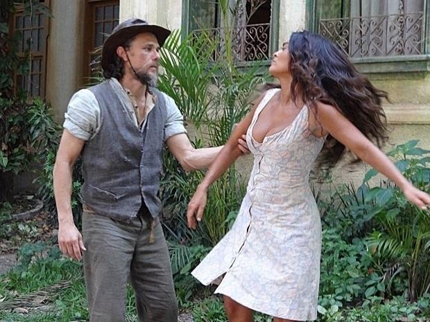 Clemente pede Gabriela em casamento, mas a retirante ignora o pedido (15/10/12)