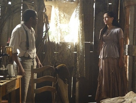 """Em """"Lado a Lado"""", Isabel fica cara a cara com Zé Maria pela primeira vez desde a separação"""