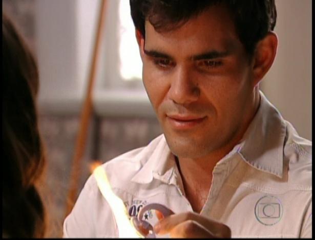 Adauto aceita queimar a chupeta e diz que vai voltar a jogar bola, Olenka comemora, no último capítulo de