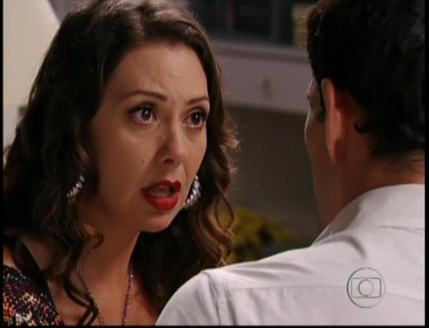 Adauto confessa para Olenka que chupa chupeta e fica com vergonha da namorada, no último capítulo de