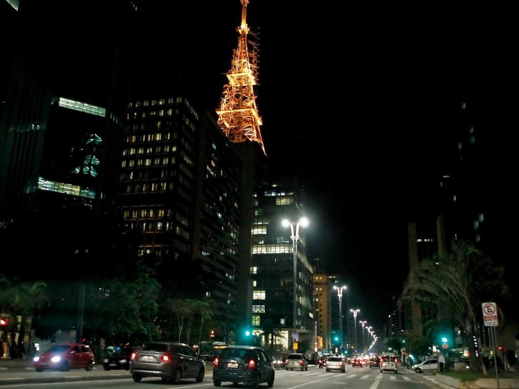 Avenida Paulista com pouco movimento durante o capítulo final de