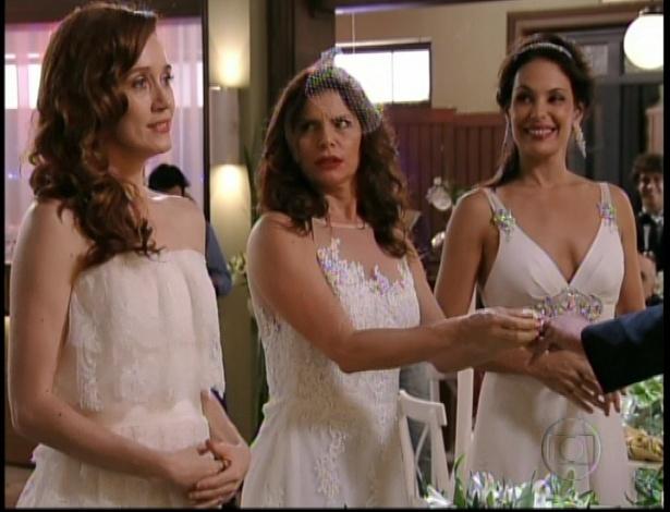 Noêmia, Verônica e Alexia se casam com Cadinho no clube do Divino, no último capítulo de