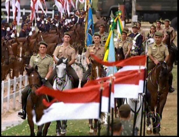 No quartel acontece a prova de cavalaria