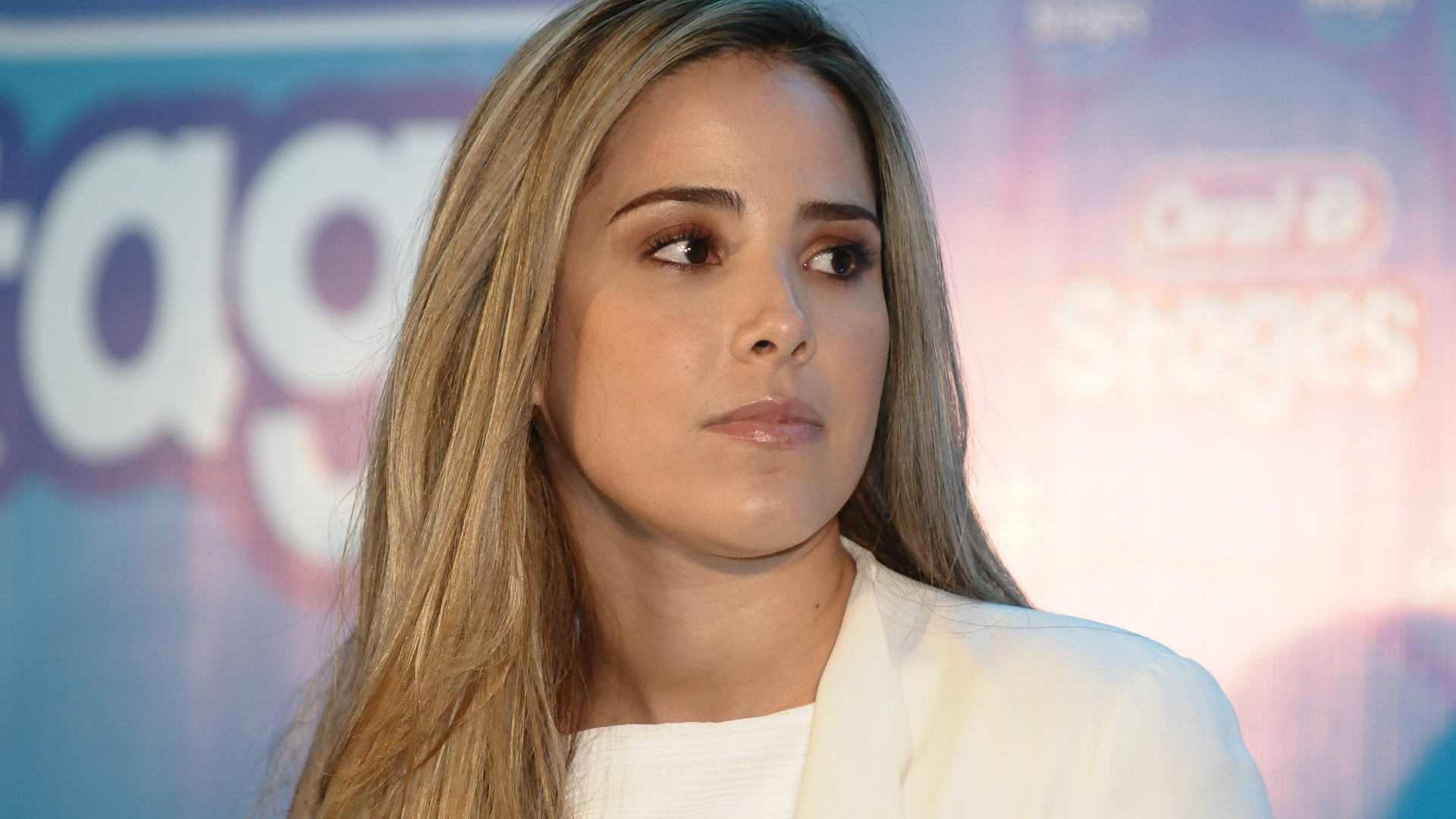 Wanessa comparece a evento da Oral-B e da Pampers (24/9/12)