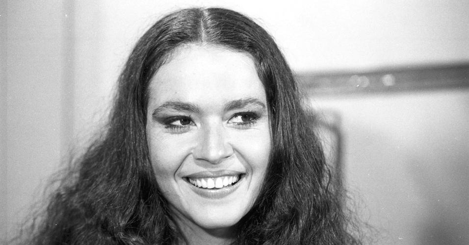 """Regina Dourado na pele da personagem Nanci da novela """"Pai Herói"""", da Globo (1979)"""