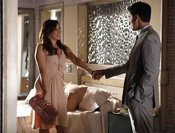 """Em """"Salve Jorge"""", por meio de Haroldo, Lívia descobre que Irina está sendo investigada pela polícia (30/10/12)"""