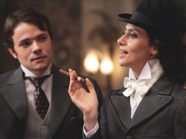 """Em """"Lado a Lado"""", Dorleac se veste de homem e a cidade fica horrorizada (5/11/12)"""
