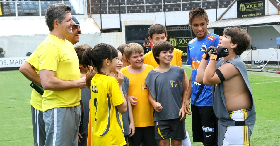 """Neymar Jr. grava participação especial em """"Carrossel"""" (6/11/12)"""