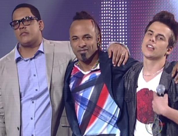Vinny Cardoso, Júnior Meirelles e Danilo Dyba aguardam o resultado da votação do público (11/11/12)