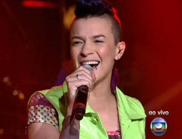 """Maria Christina canta """"Exagerado"""", de Cazuza, na segunda parte da semifinal do """"The Voice Brasil"""" (18/11/12)"""
