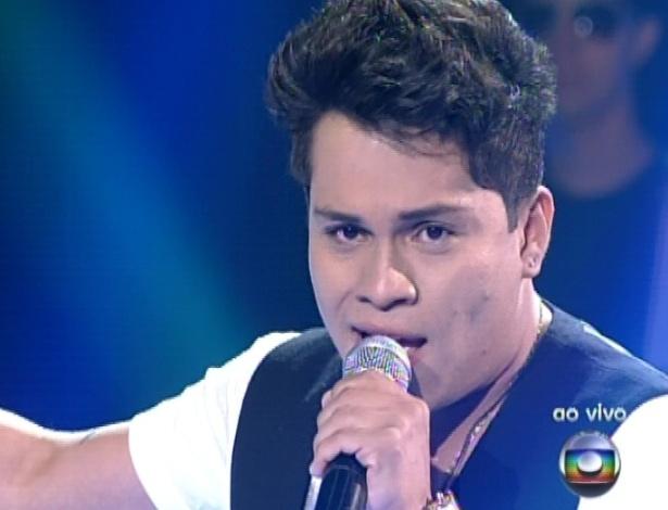 """Pedro Eduardo canta """"Você Mudou"""", na segunda parte da semifinal do """"The Voice Brasil"""" (18/11/12)"""
