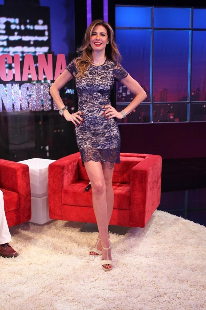 A apresentadora Luciana Gimenez posa para fotos durante evento de lançamento de seu novo programa