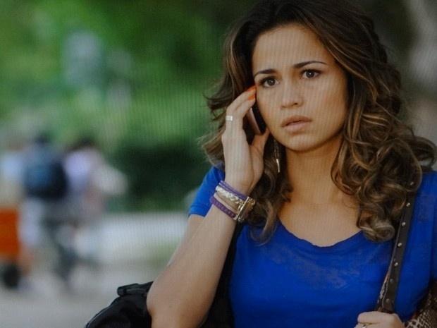 """Em """"Salve Jorge"""", depois de brigar com a sogra, Morena marca encontro com Wanda  (23/11/12)"""