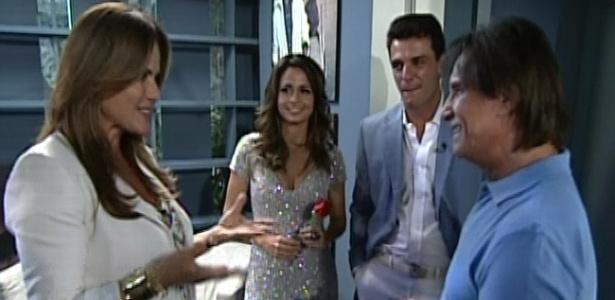 Renata Ceribelli entrevista Roberto Carlos, Nanda Costa e Rodrigo Lombardi no