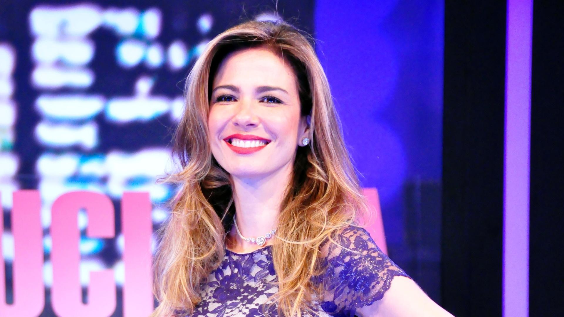 Luciana Gimenez apresenta o novo