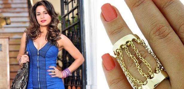 """O anel dourado com correntes usado pela personagem Morena (Nanda Costa) é um dos mais pedidos pelos telespectadores da novela """"Salve Jorge"""""""