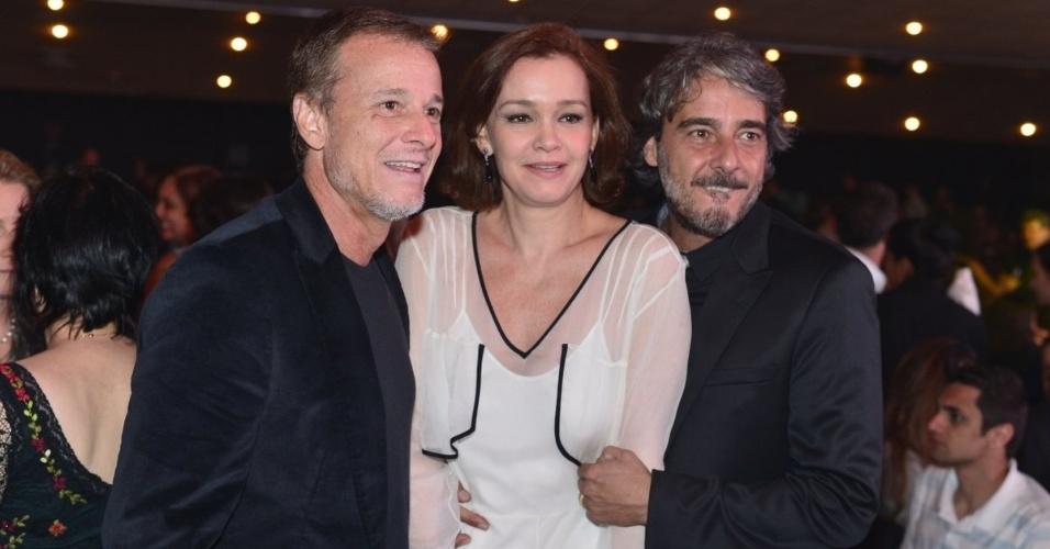 Marcelo Novaes, Julia Lemmertz e Alexandre Borges no Prêmio Extra de Televisão, no Rio de Janeiro 27.nov.2012