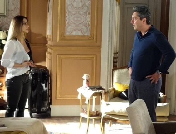 """Em """"Salve Jorge"""", Bianca termina com Stenio e diz que está apaixonada por Zyah (29.nov.2012)"""