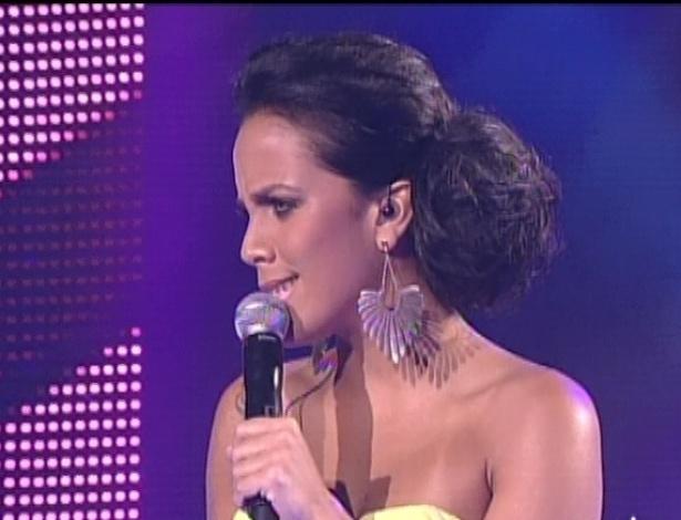 """Ju Moraes canta """"Se"""", de Djavan, na quinta semifinal do """"The Voice Brasil"""" (2/12/12)"""