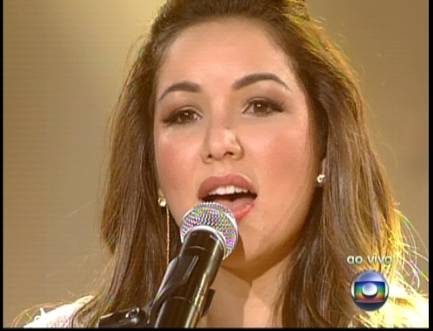 """Liah Soares canta """"Asa Branca"""", de Luiz Gonzaga, na quinta semifinal do """"The Voice Brasil"""" (2/12/12)"""