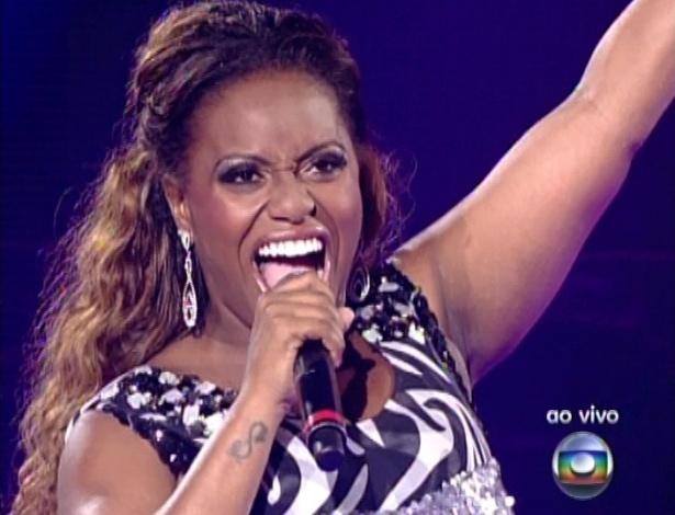 """Ludmillah Anjos canta """"O Amor é o Poder"""", de Rosana, na quinta semifinal do """"The Voice Brasil"""" (2/12/12)"""