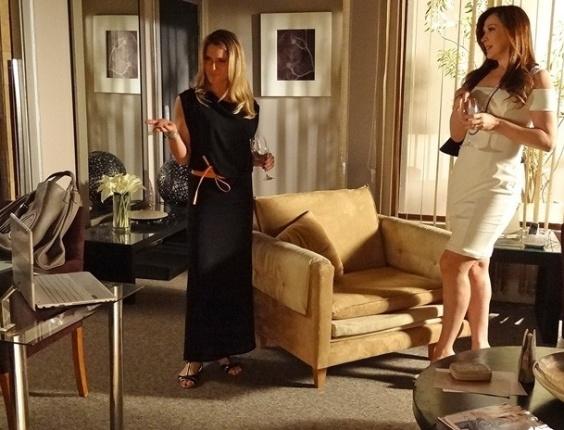 """Em """"Salve Jorge"""", Antonia flagra Lívia espionando escritório de Haroldo"""