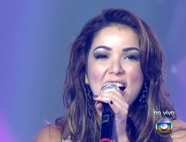 """Liah Soares canta  """"Se você pensa"""", de Roberto Carlos, na sexta semifinal do """"The Voice Brasil"""" (9/12/12)"""