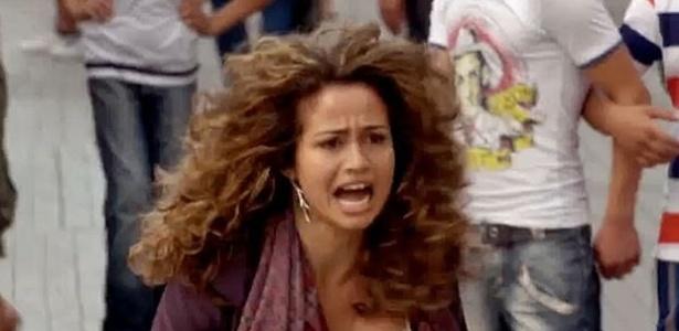 Salve Jorge: Morena consegue fugir da boate e descobre que ...