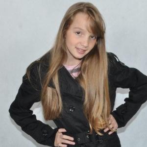 """Anna Livya vai interpretar a personagem Janu na nova versão de """"Chiquititas"""""""