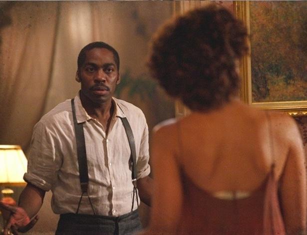 """Em """"Lado a Lado"""", Zé Maria ouve Isabel dizer que vai voltar a dançar e fica magoado"""