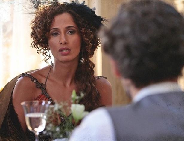 """Em """"Lado a Lado"""", Catarina arma campanha para difamar espetáculo de Isabel"""