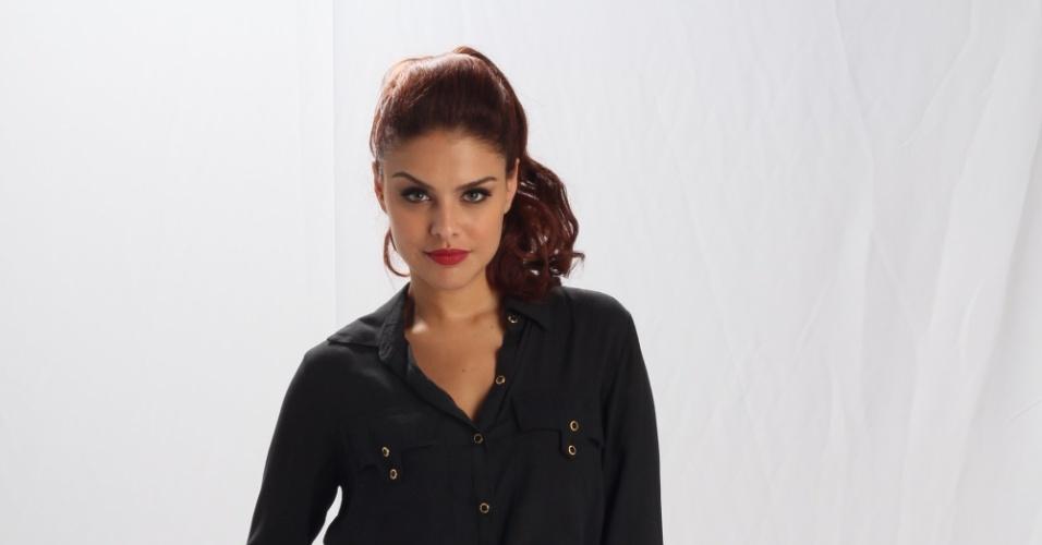 19.dez.2012 - Paloma Bernardi vive a traficada Rosângela em