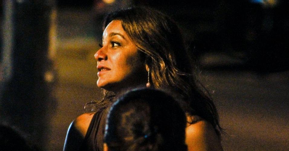"""Atriz Dira Paes, a Lucimar de """"Salve Jorge"""", grava cenas da trama no Rio de Janeiro"""