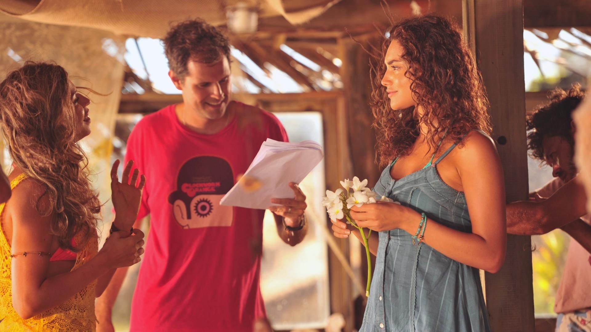 4.jan.2012 A atriz Débora Nascimento participa das gravações de