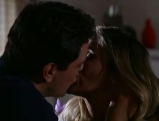 """Em """"Salve Jorge"""", Érica aceita reatar namoro com Théo"""
