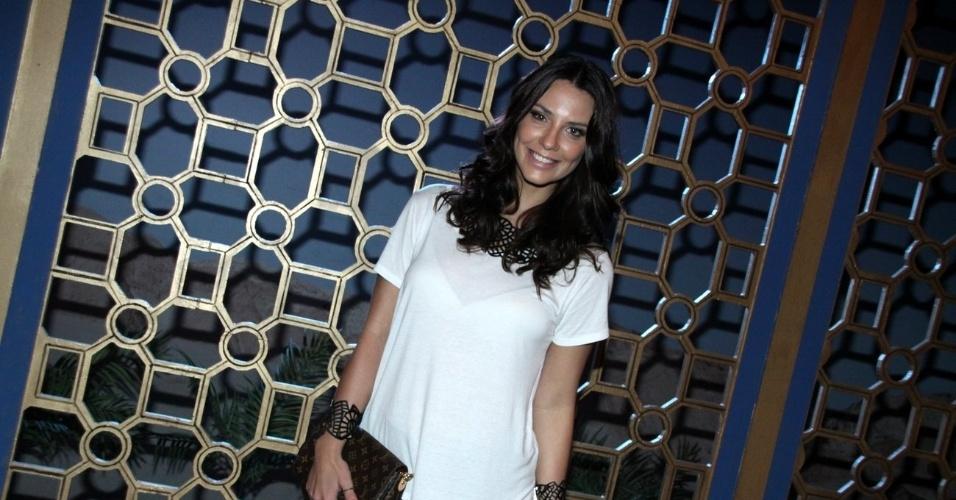 """15.jan.2013 - Camila Rodrigues prestigiou o lançamento da nova minissérie da Record, """"José do Egito"""", que aconteceu no Rio"""