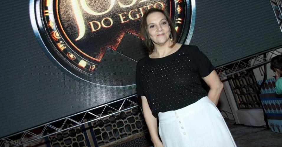 """15.jan.2013 - Denise Del Vecchio prestigiou o lançamento da nova minissérie da Record, """"José do Egito"""", que aconteceu no Rio"""
