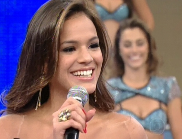 Bruna Marquezine participa do
