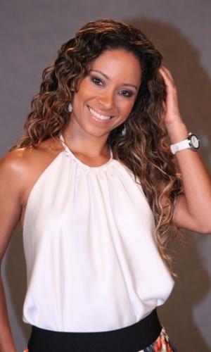"""19.fev.2013 - Cinara Leal participou da apresentação da novela """"Flor do Caribe"""" no Projac, complexo de estúdios da Globo localizado na zona oeste do Rio"""