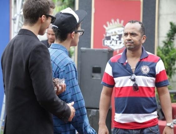 """Em """"Malhação"""",  Pilha será dublê de MC Realeza em clipe e fica chateado"""