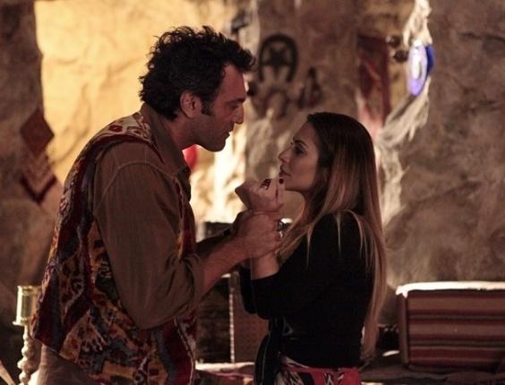 """21.mar.2013 Em """"Salve Jorge"""", Bianca se declara para Zyah"""