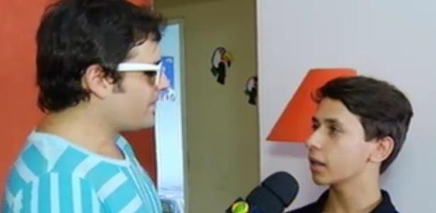 Rep  Rter Vesgo Entrevista Mateus  O Garoto Que Invadiu O  BBB13  Para