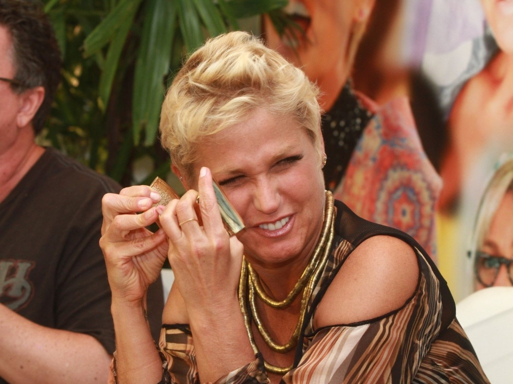 25.mar.2013 - Xuxa gravou um programa especial em comemorao aos seus 50 anos que sero celebrados nesta quarta (27). Aps a gravao ela se reuniu com a imprensa