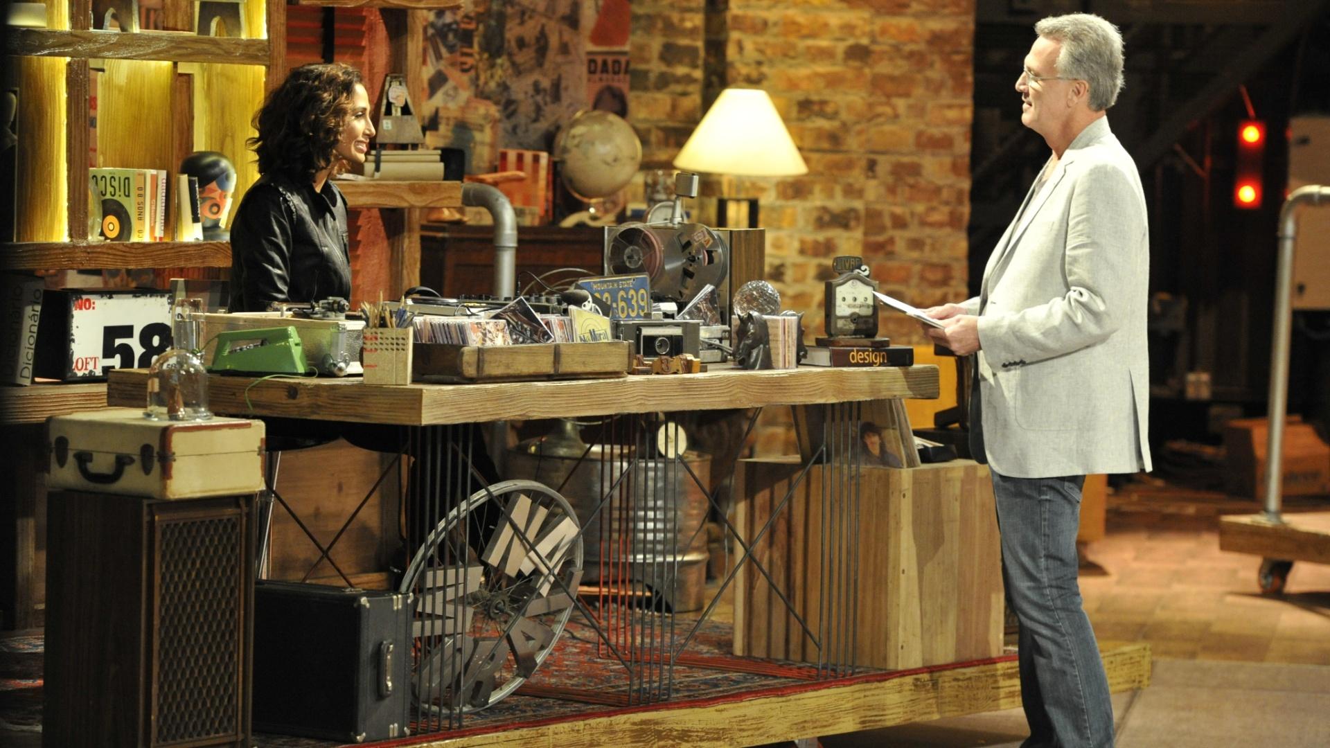 26.jul.2012 - Depois de uma bem sucedida primeira temporada, o apresentador Pedro Bial voltará a comandar o programa