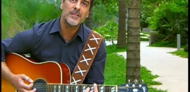 30.mar.2013 - Junno Andrade dá depoimento no programa