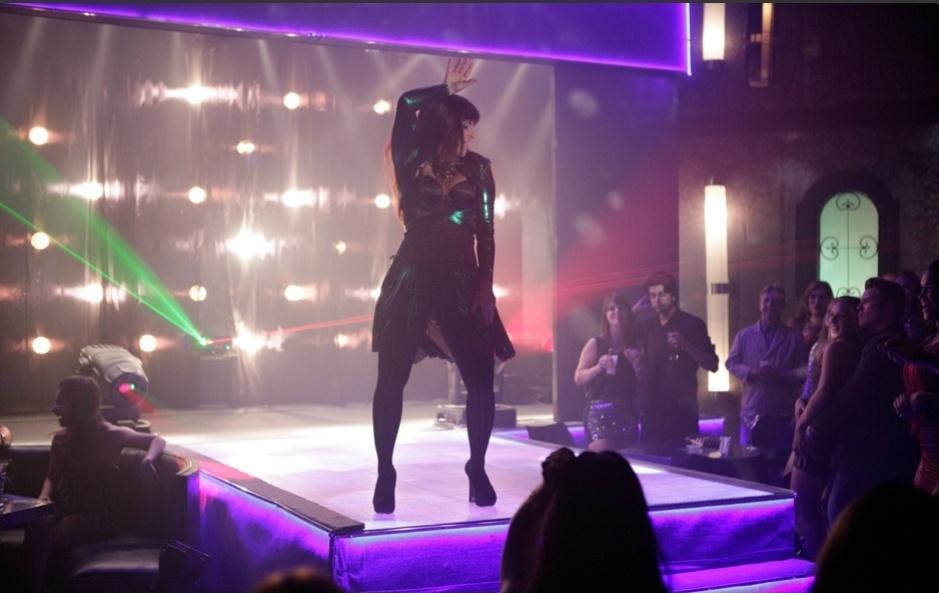 "5.abr.2013 - Atriz Thammy Gretchen se transforma em Lohana em ""Salve Jorge"""