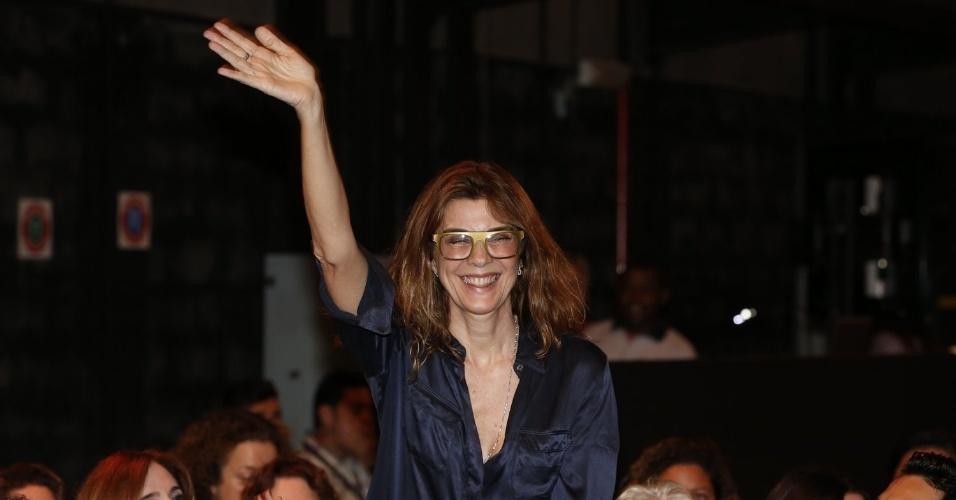 """8.abr.2013 - Monica Torres prestigiou a coletiva de apresentação da novela """"Sangue Bom"""" que aconteceu no Projac, zona oeste do Rio"""